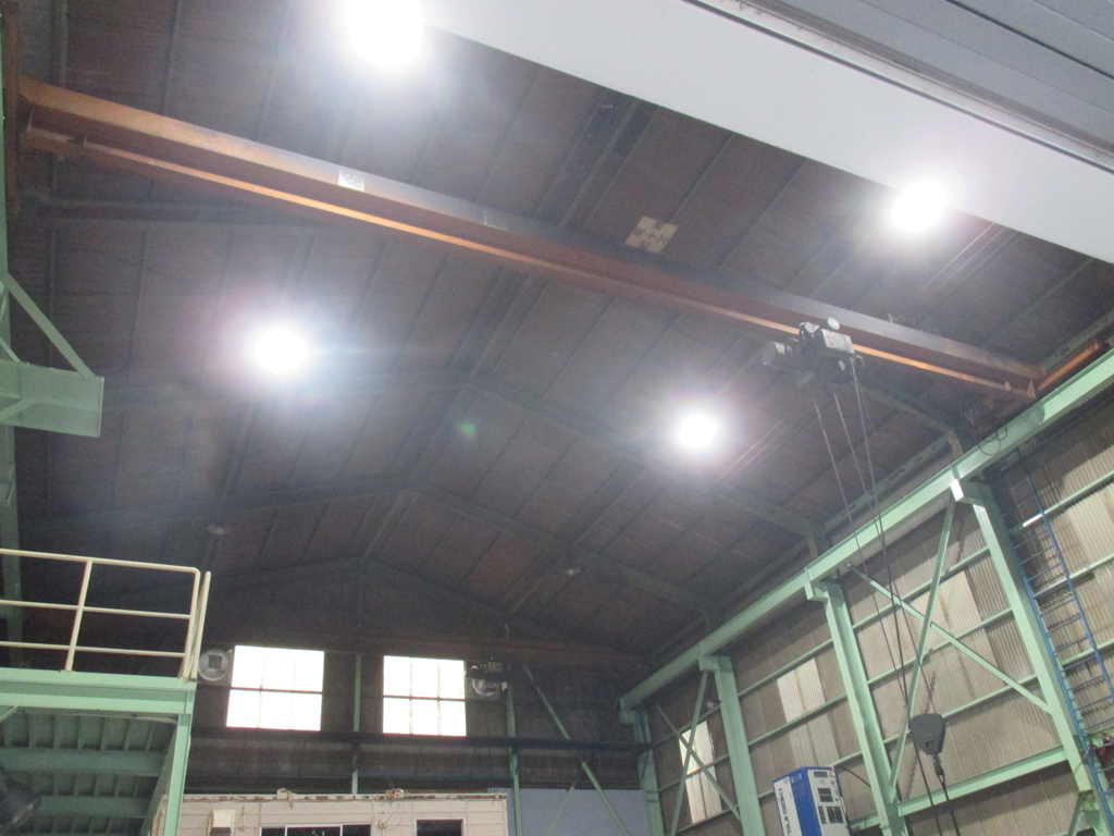 ヨモツ工業㈱様 LED照明・高天井